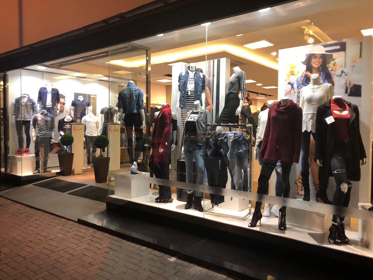 Dicas para uma vitrine de roupas incrível | Blog Comprar Roupas ...