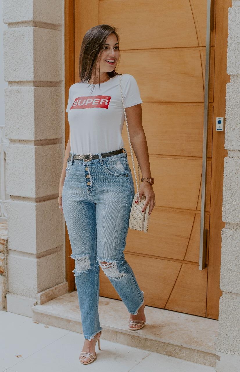 Jeans Retrô Ou Mom Jeans Por Que Apostar Nessa Tendência