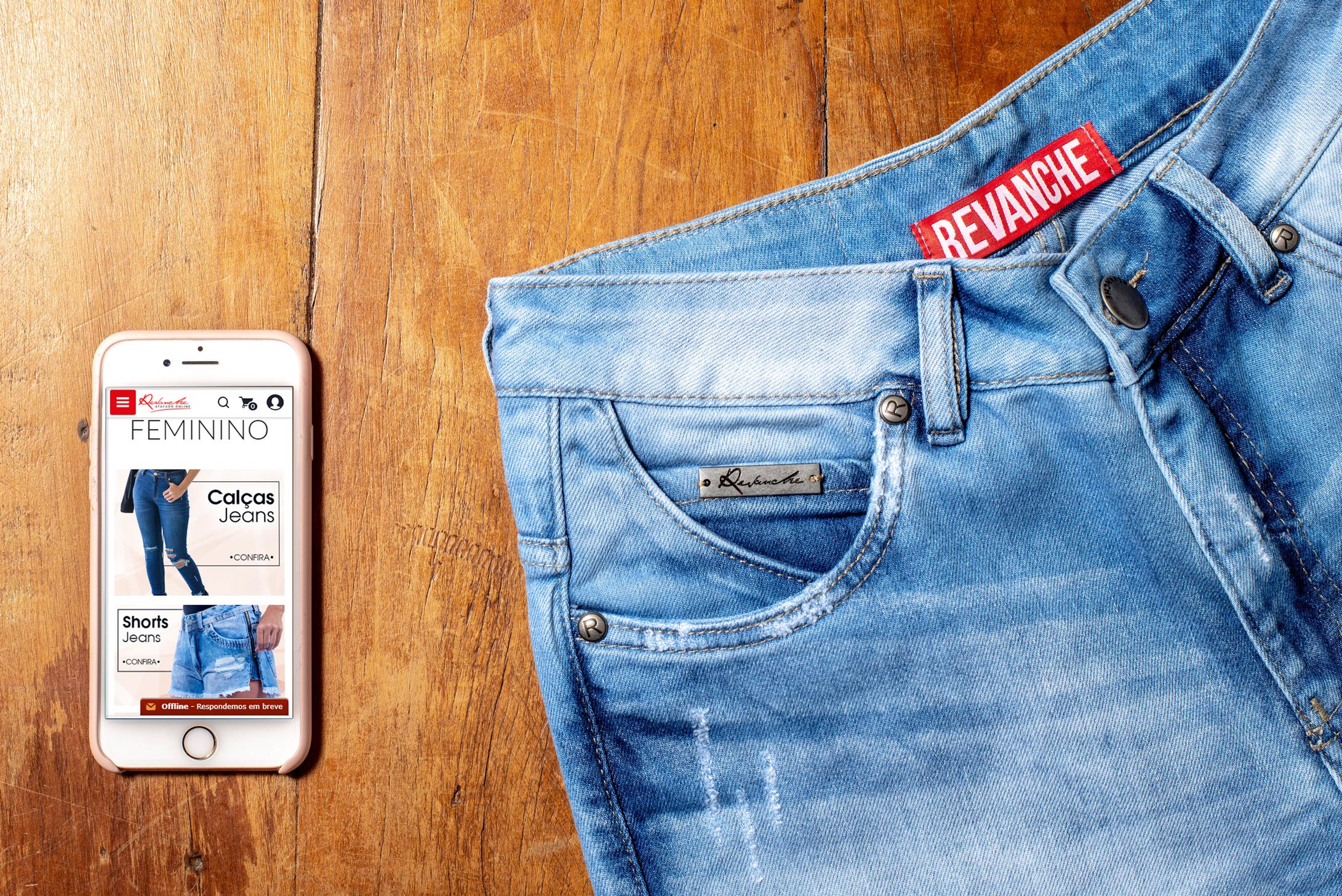 Modernize sua loja de roupas no atacado online da Revanche