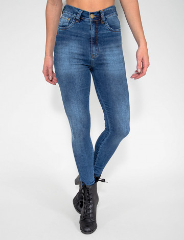 Calça Jeans Atacado Cigarrete Hot Pants Feminina Revanche Varden Azul Frente