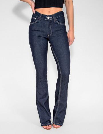 Calça Jeans Atacado Flare Escura Feminina Revanche Guiné Azul Frente