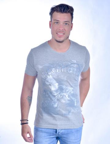 Camiseta Atacado Bordado com Estampa Masculino Revanche Old Dog Cinza Frente