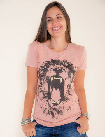 Camiseta Atacado Estampa Feminina Revanche Savage Rosa Frente