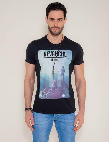 Camiseta Atacado Estampa Masculina Revanche Mountain Preta Frente