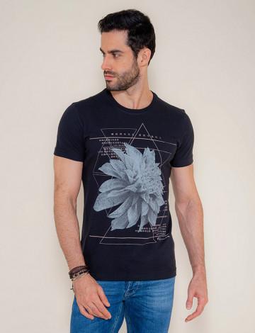 Camiseta Atacado Estampa Silk Masculina Revanche Flower Preta Frente