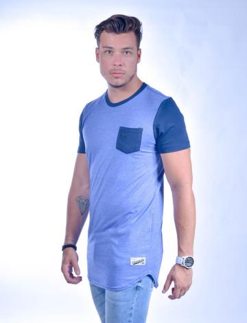 Camiseta Atacado Longline com Bolso Masculino Revanche Freetown Azul Royal Padrão Lateral
