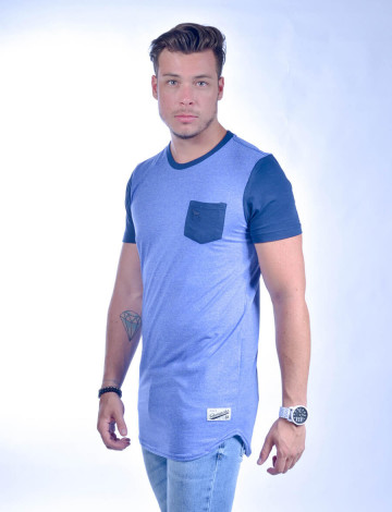 Camiseta Atacado Longline com Bolso Masculino Revanche Freetown Azul Royal Lateral