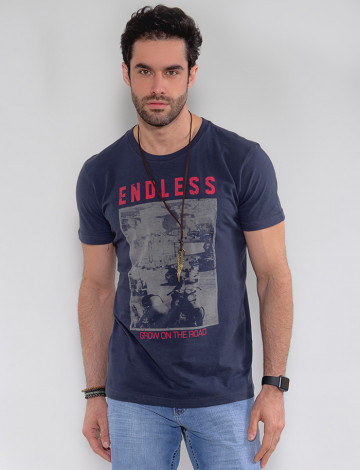 Camiseta Atacado Masculina Revanche Endless Azul Marinho Frente