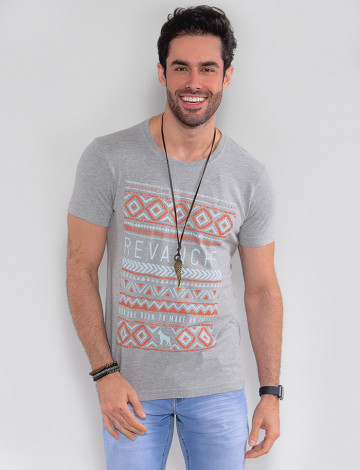 Camiseta Atacado Masculina Revanche Geométrica Mescla Frente