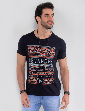 Camiseta Atacado Masculina Revanche Geométrica Preto Frente