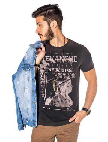 Camiseta Atacado Masculina Revanche Wild West Preta Frente