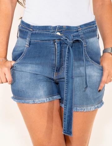 Shorts Jeans Atacado c/ Cinto-Laço Feminino Revanche Laus Azul Frente