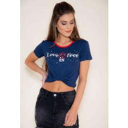 Camiseta Atacado Estampa Feminina Revanche Love is Free Branco Frente