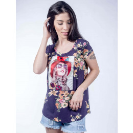 Camiseta Atacado Estampada Floral e com Estampa Feminina Revanche Jewel Roxa Frente